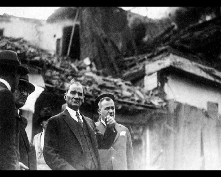 Atatürkün Hayatı